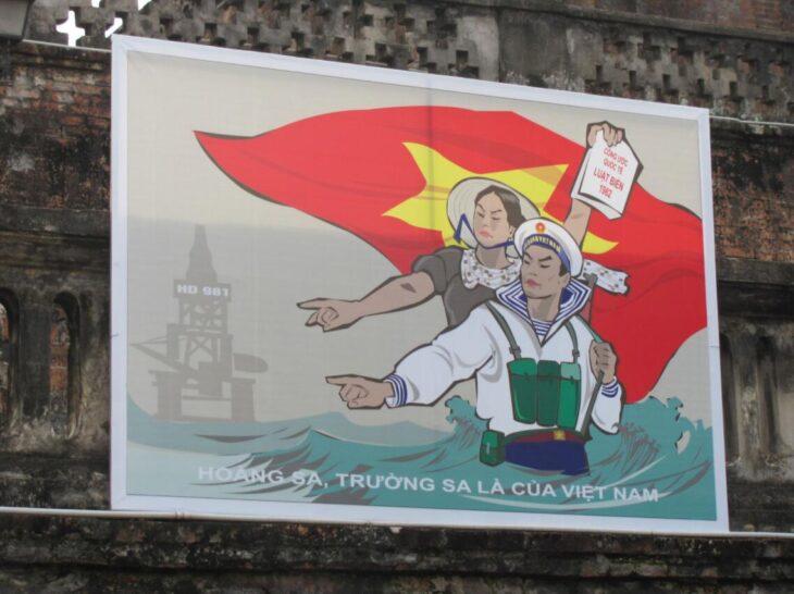 Hoang Sa and Truong Sa belong to Vietnam