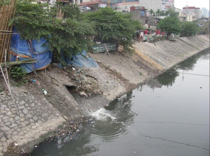 Wastewater disposal in Hanoi